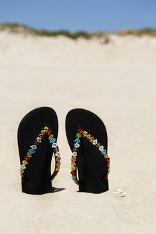 Free Beach Sandals Royalty Free Stock Image - 26854326