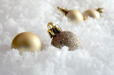 Free Christmas Decorations In The Snow Royalty Free Stock Photos - 26854818