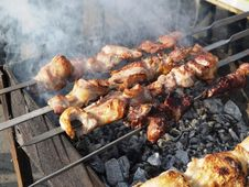 Free The Cooking Shish Kebab Stock Photography - 26883642