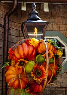 Free Fall Decoration On Rustic Lamp Stock Image - 26898001