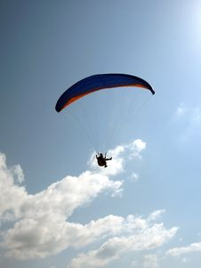 Free Parachute With Man Royalty Free Stock Photography - 2692087