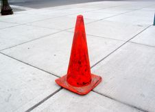 Free Centered Orange Cone Royalty Free Stock Images - 2692529