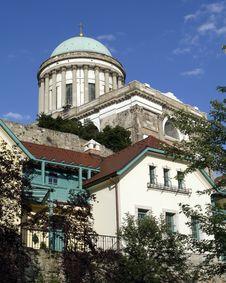 Free Esztergom Basilica Royalty Free Stock Photography - 2693047