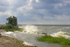 Free Sea Of Azov Royalty Free Stock Photo - 2695045