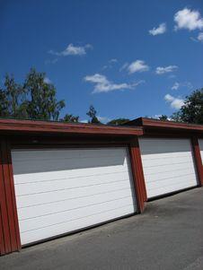 Free Garages Royalty Free Stock Image - 2697826
