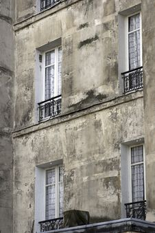 Free Paris  Low Income Apartments Royalty Free Stock Photos - 2699358