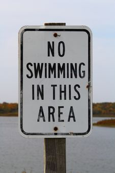 Free No Swimming Sign Royalty Free Stock Photo - 26904555