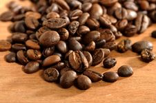 Free Coffee Beans Royalty Free Stock Images - 26913169