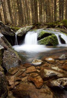 Free Waterfall Stock Photography - 26913822