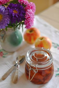 Free Pear And Apple Preserve Stock Images - 26916284