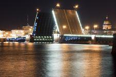 Free The Drawn Bridge Royalty Free Stock Image - 26928476
