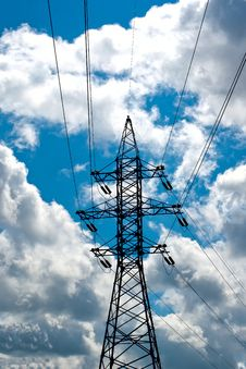 Free Power Line Mast Royalty Free Stock Images - 26928479