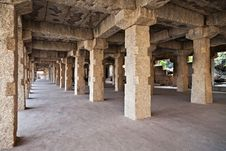 Free Pillars In The Temple Royalty Free Stock Images - 26930489