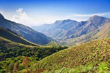 Free Tamil Nadu Mountains Royalty Free Stock Photo - 26930775