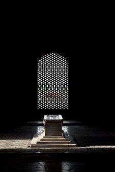 Free Inside Humayuns Tomb Royalty Free Stock Photo - 26931035