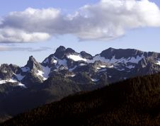 Free Mt. Rainier At Sunrise Point Stock Images - 26938454