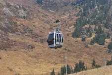 Free Gondola Lift Stock Photography - 26938932