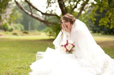 Free Young Beautiful Bride Royalty Free Stock Photography - 26942897