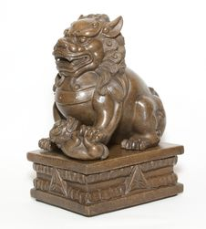 Free Chinese Lion Sculpture Royalty Free Stock Image - 26945646