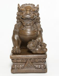 Free Chinese Lion Sculpture Royalty Free Stock Images - 26945659