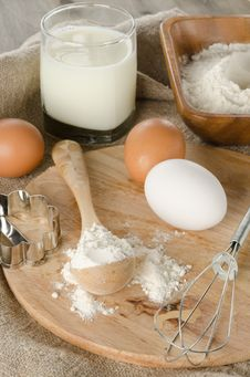 Free Ingredients For Baking Royalty Free Stock Photo - 26952125