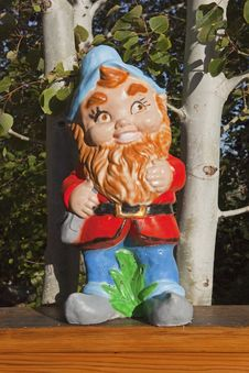 Free Gnome In Aspen Trees Stock Photography - 26956232