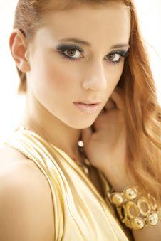 Free Portrait Beautiful Brunette Stock Images - 26974274
