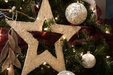 Free Christmas Star And  Ball Decoration Stock Photo - 26976570