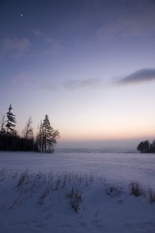 Free Sunset In Winter Landscape Royalty Free Stock Images - 26998149