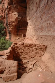 Free Sinagua Indian Cliff Dwellings Stock Photography - 271402