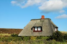 Free Roof Thatched House3 Royalty Free Stock Images - 272849