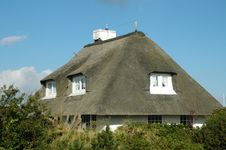 Free Roof Thatched House4 Stock Photo - 272850