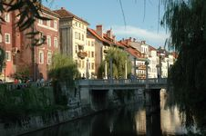 Free Houses Along Ljubljanica River Royalty Free Stock Photos - 273788