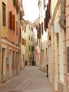 Free Mediterranean Town Street Stock Photography - 276422