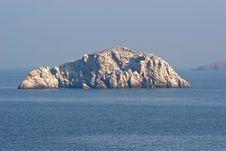 Free Rock At Sea Royalty Free Stock Photo - 2700855