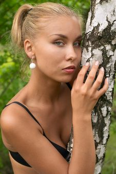Pretty Blonde Girl Outdoor Royalty Free Stock Photos