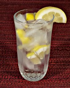 Free Lemon Water Royalty Free Stock Photo - 2704855