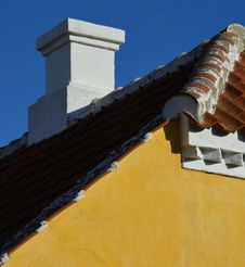 Free Skagen Gable And Rooftop Chimney Royalty Free Stock Image - 27000546