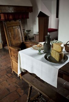 Free Diningroom In Medieval Fortress Stock Photography - 27004062
