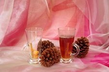 Free Hot Christmas Drink With Cinnamon Royalty Free Stock Image - 27011106