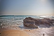 Free Rocky Sea Shore Stock Images - 27013944