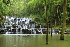 Free Sam Lan Waterfall Stock Photography - 27027242