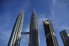 Free Petronas Towers Royalty Free Stock Images - 27028019