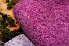 Free Purple Terry Towel Royalty Free Stock Photography - 27031027