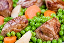 Free Beef With Fresh Vegetables Stock Photos - 27069113