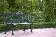 Free Bench In The Park Royalty Free Stock Image - 27074236