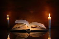 Free Book And Candles Royalty Free Stock Image - 27087176