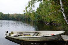 Free Autumn Cloudy Lake Landscape Stock Photos - 27087383
