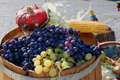 Free Bunches Of Grapes And Vegetables - Ripe Bunches Royalty Free Stock Images - 27094569