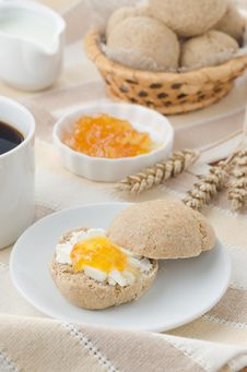 Free Breakfast With Muffin, Cheese And Jam Royalty Free Stock Photos - 27091228
